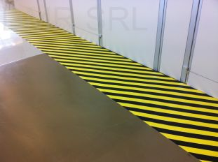 Horizontal adhesive signs  - LEAN typology - DMPL01BNG
